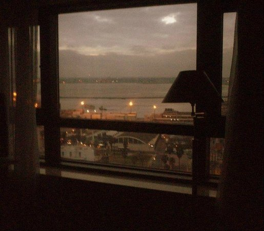 Radisson Montevideo Victoria Plaza Hotel: Vista desde la Habitacion