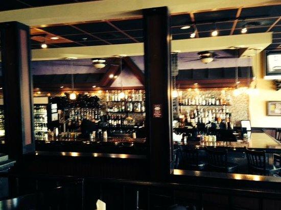 Laurrapin: Bar Area