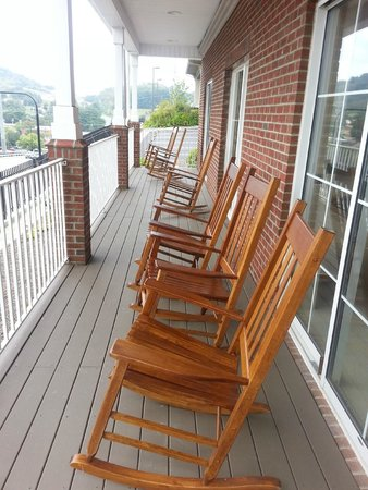 Country Inn & Suites By Carlson, Boone: Outside seating