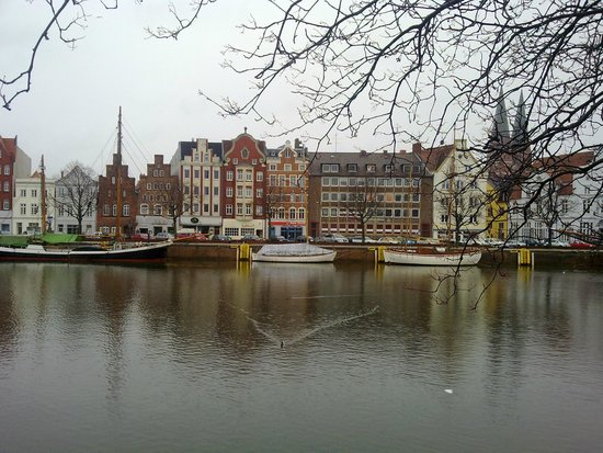 Lubeck Altstadt (Lubeck Oldtown): Rio Trave