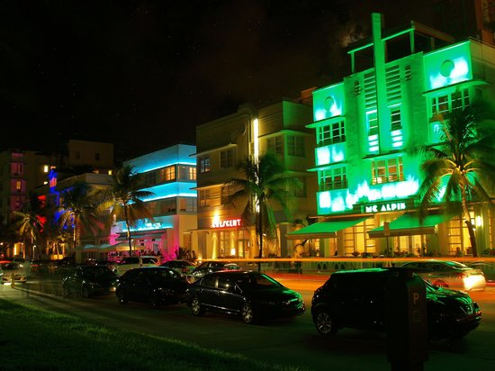 the 10 closest hotels to art deco historic district miami beach