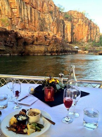 Nitmiluk Tours - Day Tours: Sunset Dinner Cruise