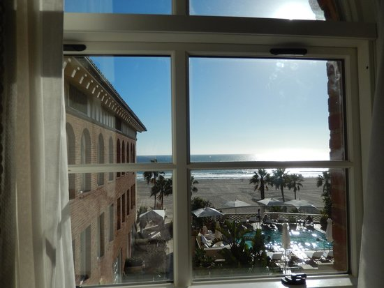Casa del Mar: The view from Premier Ocean View Room, King bed