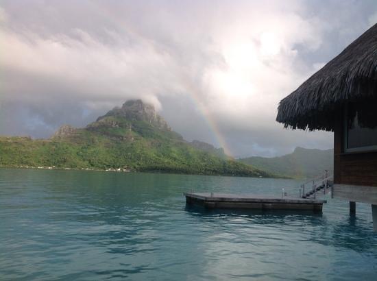 'TripAdvisor' from the web at 'https://media-cdn.tripadvisor.com/media/photo-s/06/98/db/a0/beautiful-rainbow-taken.jpg'