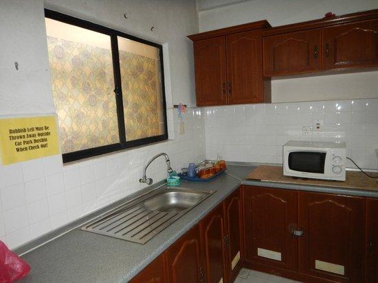 Genting View Resort: Kitchen
