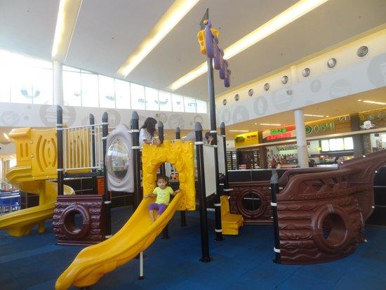 Metromall Panama: centro de juegos barco pirata