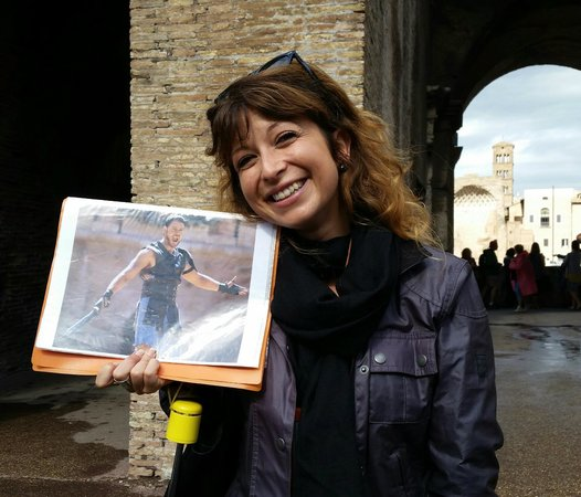 "Context Rome Tours : Nina with a picture of her ""fiance."""