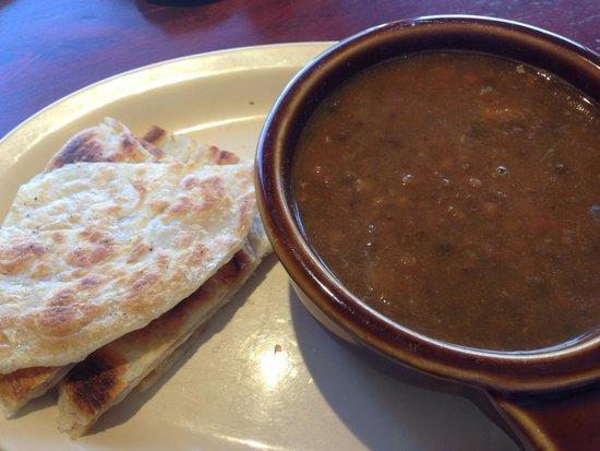 Pronti Bistro : Lentil soup