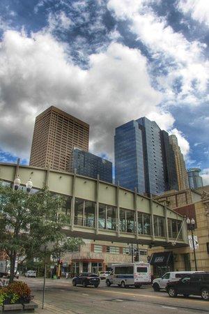 Minneapolis Skyway System: Skyway Bridge
