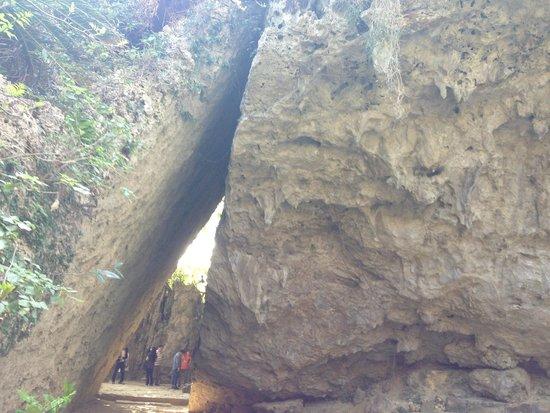 世界遺産の石碑 - Picture of Sefa-Utaki, Nanjo - TripAdvisor