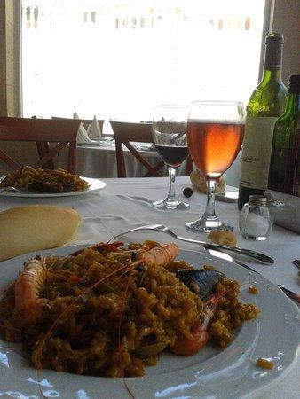 Restaurante Arrocería Pueblo Salado: Paella