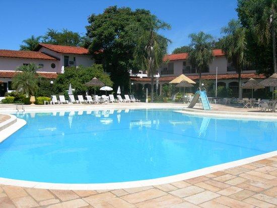 Carima Resort Hotel & Convention: Piscina