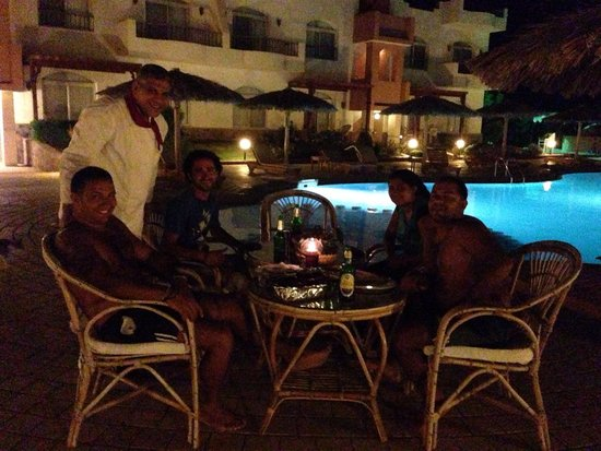 Sheikh Ali Dahab Resort: Amazing dinner by the pool.
