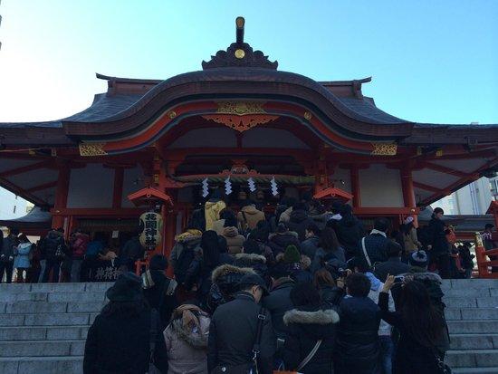 Hanazono Shrine: 長蛇の列