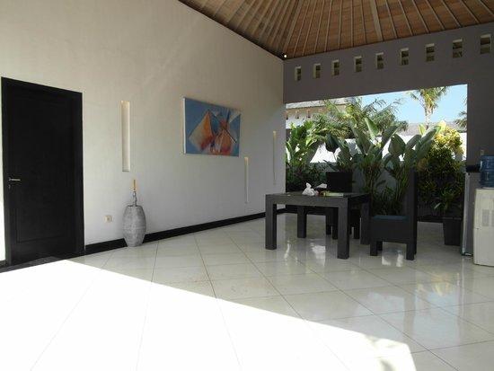 Villa Seminyak Estate & Spa: Inside villa