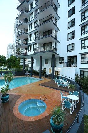 Neptune Resort: Pool area