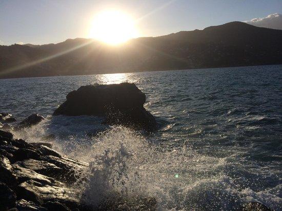 Villaggio Smeraldo : Alba sul mare
