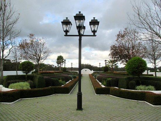 Voyager Estate: The gardens