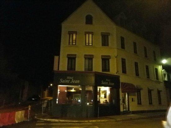 Hotel Saint Jean: Night time