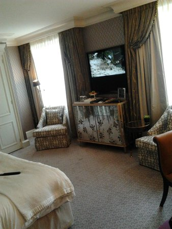 The Dorchester: room