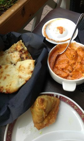 "Tandoor : a ""lonely"" veggie samosa (one gone before the photo was taken, lol), butter chicken and cheese n"