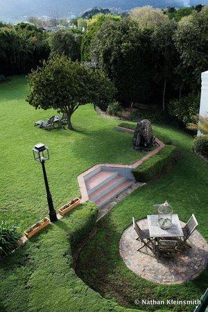 Avondrood Guest House : Birdseye view of the garden