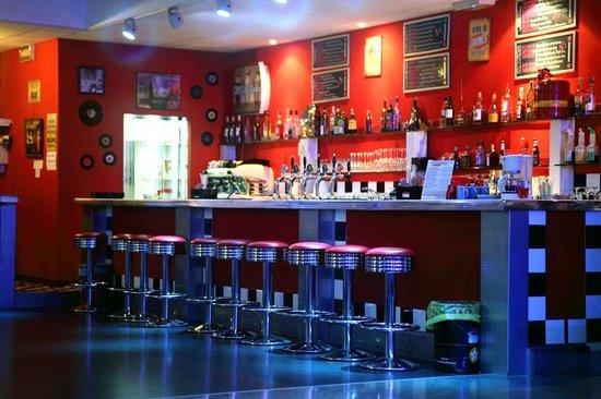 Italoamericano Music Diner