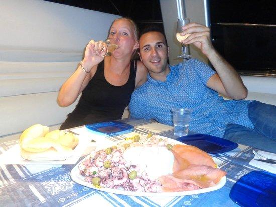 Rent Me: aperitivo a base di pesce...rigorosamente in barca!