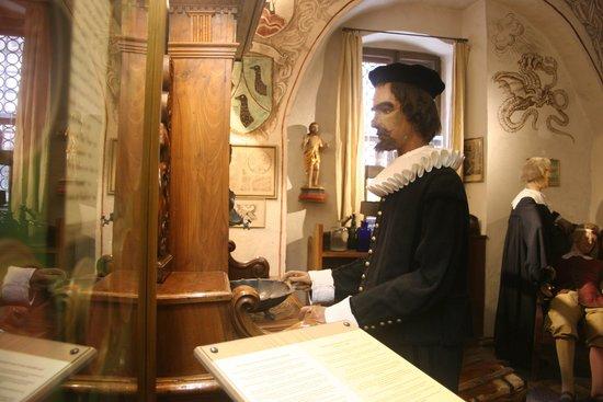 Historiengewölbe mit Staatsverlies: Sous les voûtes historiques