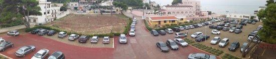 San Menaio, Italie : Una parte del grande e comodo parcheggio video sorvegliatodell'Orchidea Blu Hotel