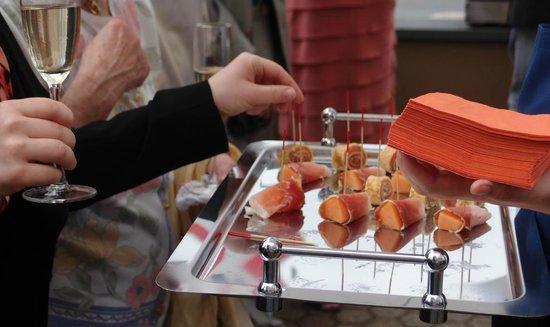 Dessert Mit Japanischen Grüntee Eis Bild Von 30 Stühle Brühl