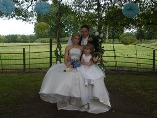 Mercure Milton Keynes Parkside Hotel (soon Woughton House - MGallery by Sofitel): Our wedding 29/8/14
