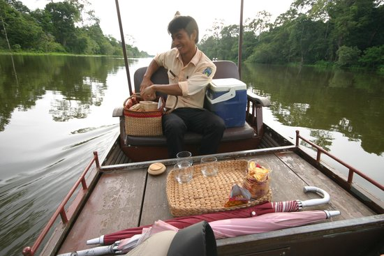 Cambodia Tour Services Private Tours : Sunset G&Ts