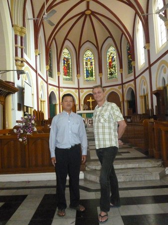 Saint Mary's Cathedral : Our parish host