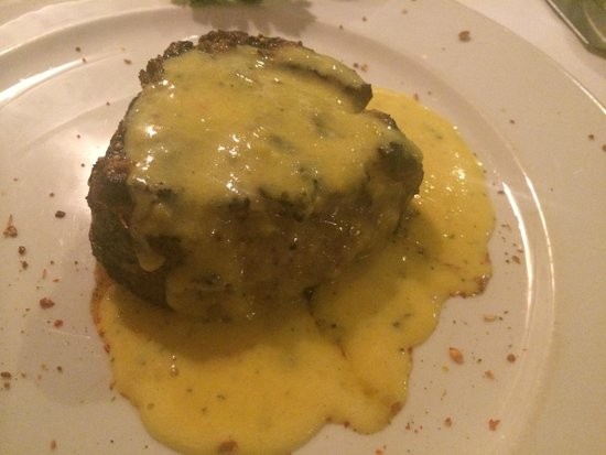 The Local Grill: fillet with bernaise sauce