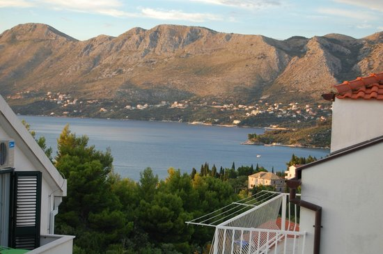 Castelletto : View of the town of Cavtat from the balcony