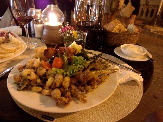 Restaurante Es Port: gemischter Tapasteller
