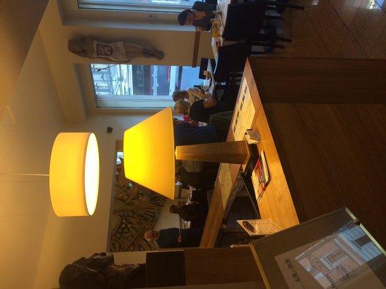 Hotel Brixen Prague: Lobbz