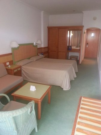 IFA Continental Hotel : room
