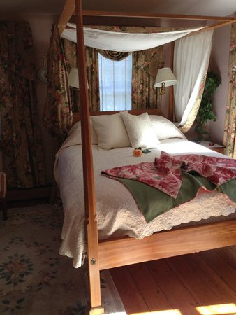 Ashburn House: The Rose Room