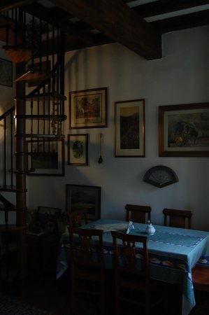 B&B Angela : dinig room 1