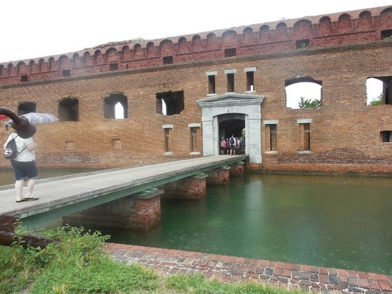 Fort Jefferson: Entrance to fort