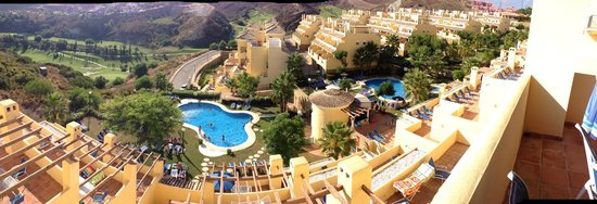 Colina del Paraiso by CheckIN: Penthouse panorama...
