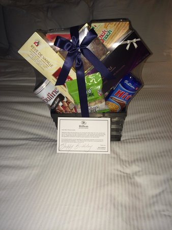 Hilton New York JFK: Birthday basket from the front desk!