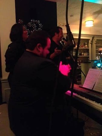 Five Corners Bistro : Awesome performances