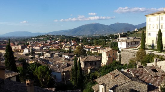 Palazzo Dragoni: the view along the valley