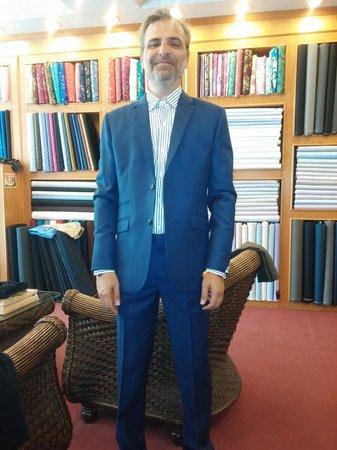 La Moda suits: casual suits