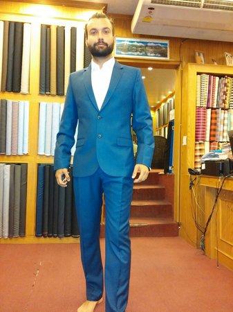 La Moda suits: suits