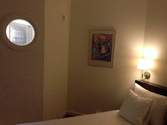 Quality Hotel Airport Arlanda: Room