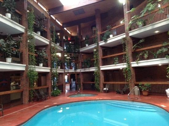 Baymont Inn & Suites Cortez: 還蠻特別的飯店